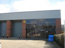 TO LET WAREHOUSE INDUSTRIAL UNIT GREEFNORD UB6, Derby Road, Greenford, Middlesex