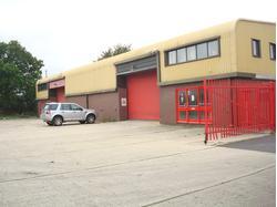 Unit 13, Oakfield Industrial Estate, Witney, Oxfordshire - UNDER OFFER