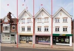 PROMINENT TOWN CENTRE RETAIL UNIT TO LET