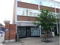 A1 (RETAIL) UNIT IN PROMINENT HIGH STREET POSITION CLOSE TO TRAIN STATION