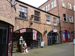 NOW LET - 2 STOREY SHOP TO RENT IN JAXONS COURT