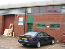 Unit 5 Vale Industrial Estate Phase 1, Southern Road, Aylesbury, HP19 9EW