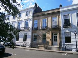 TO LET - TOWNHOUSE OFFICE ACCOMMODATION