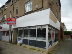 Fantastic Retail Location / Busy Main Road / Corner Unit