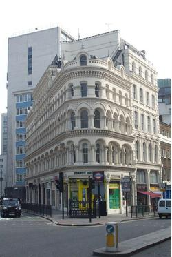 11/13 Albert Buildings, 49 Queen Victoria Street, London, EC4N 4SA