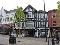 LAST SHOP TO RENT IN STUNNING TOWN CENTRE SHOPPING ARCADE
