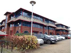 LOW COST OFFICES AVAILABLE AT CRYSTAL COURT