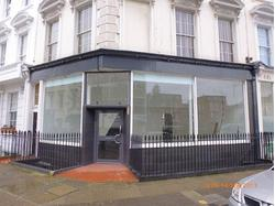 Retail unit on Lupas street, SW1V 3EQ £27,750 P/A