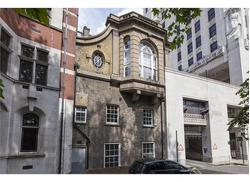 UNDER OFFER 11 Adelphi Terrace, London, WC2N 6BJ
