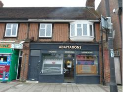 RETAIL PREMISES TO LET NEXT TO BUSY TRAIN STATION