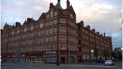 SHOP TO LET, 669SQ/FT PLUS BASEMENT , PROMINENT MAIN ROAD POSITION, PERIPHERY OF MANCHESTER CITY CENTRE