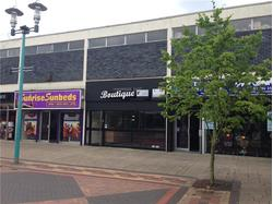 To Let Retail Unit in Sherborne Square, Huyton - Just off Derby Road