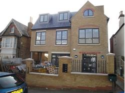 BUCKHURST HILL - STRIKING NEW FULLY AIR CONDITIONED OFFICE SCHEME 1,475 SQ.FT. UPTO 5,972 SQ.FT. - TO LET