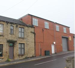 Railsfield Mount, Off Stanningley Road, Bramley, Leeds, LS13 3BA