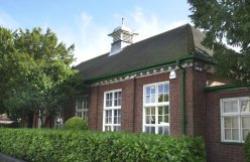 The Lawns, Hinckley, LE10 1DY