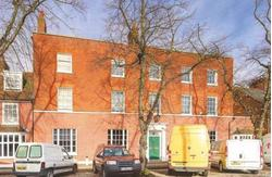 WELL APPOINTED OFFICES WITHIN A SUPERB GRADE 2 LISTED BUILDING-890 SQ FT REMAINING