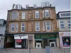 TO LET - SIZEABLE RETAIL UNIT