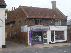 TOWN CENTRE RETAIL PREMISES - WEST STREET, DUNSTABLE - TO LET -  66.28sqm   713 sqft