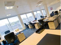 OFFICE SPACE to RENT in St James's Park SW1 - SERVICED OFFICES London