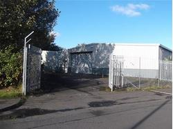 TO LET/FOR SALE (SUBJECT TO GROUND LEASE) - REFURBISHED INDUSTRIAL UNIT WITH GENEROUS SECURE YARD