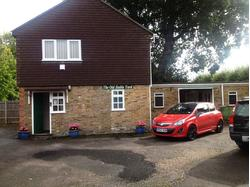 WORKSHOP WITH OFFICES TO LET