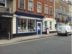 Retail unit to let