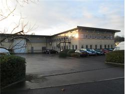 Purpose Built HQ Warehouse and Office Facility to Let in Bristol