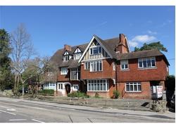 UNDER OFFER Estate House, Sevenoaks, TN13 1XR