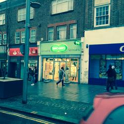 Dagenham - Prime Shop with s/c 2 Bed Flat Above