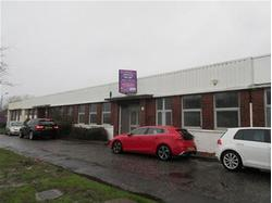 INDUSTRIAL UNIT WITH OFFICES AND LARGE SECURE YARD
