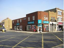A1 Retail/Showroom To Let