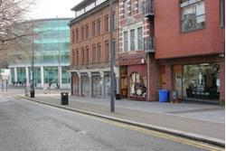 Ground Floor Retail Unit in Popular and Modern Block / Close to the City Centre / 624 sq ft