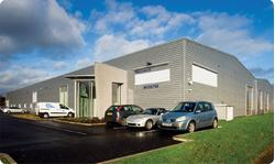 To Let - Fully refurbished industrial warehouse/offices