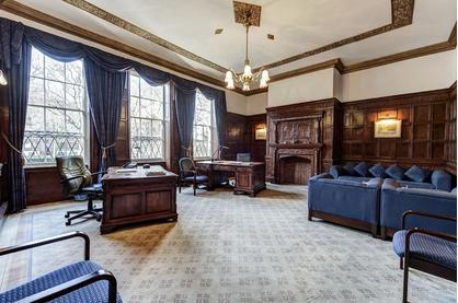 Freehold for Sale - Charterhouse Square Smithfield
