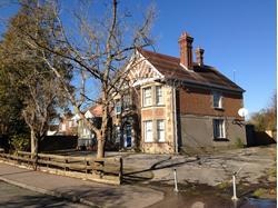 Leacroft, 117 Ifield Road, Crawley, West Sussex RH11 7BP