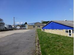 Industrial / Warehouse unit on popular trading estate