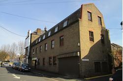 1b Priory Avenue, Walthamstow, London E17