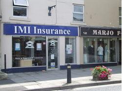 Well presented ground floor office / retail unit in market town location