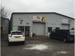 Modern warehouse accommodation – Extensive refurbishment just completed