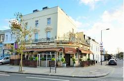 W12: Excellent A3 ground floor and basement commercial property in Shepherds Bush ideal as restaurant / takeaway