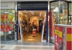 Unit 24, The Avenue Shopping Centre, Glasgow, G77 6LQ