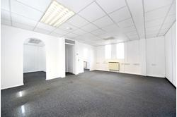 SELF CONTAINED OFFICE/STORAGE SPACE TO LET WITH PARKING