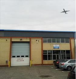 INDUSTRIAL/WAREHOUSE UNIT TO LET Unit 11, Maple Grove Business Centre, Lawrence Road, Hounslow