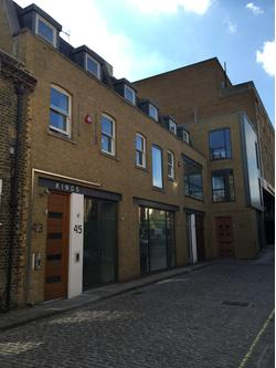 SMALL OFFICE IN THE HEART OF CAMDEN TO LET