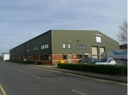 To Let - Warehouse/Business Unit