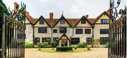 Stanbridge Earls Manor