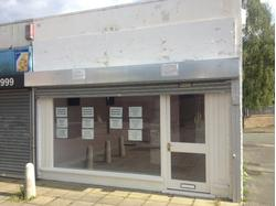 CAMBERLEY, SURREY GROUND FLOOR RETAIL UNIT TO LET