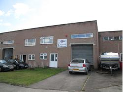 To let Industrial Unit with Parking