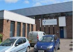 TO LET WAREHOUSE UNIT. Slough Trading Estate, 754 Deal Avenue, Slough, Berkshire