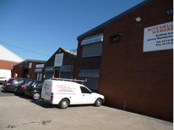 INDUSTRIAL UNITS WITH OFFICES